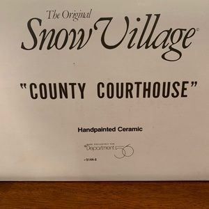 Snow Village County Courthouse